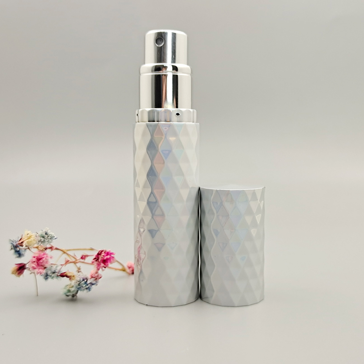 2020 New Wholesale Colored Rhombus Aluminum Refillable Perfume Empty Bottles
